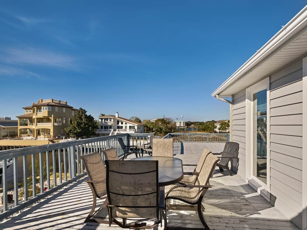 Holiday House House/Cottage rental in Destin Beach House Rentals in Destin Florida - #29