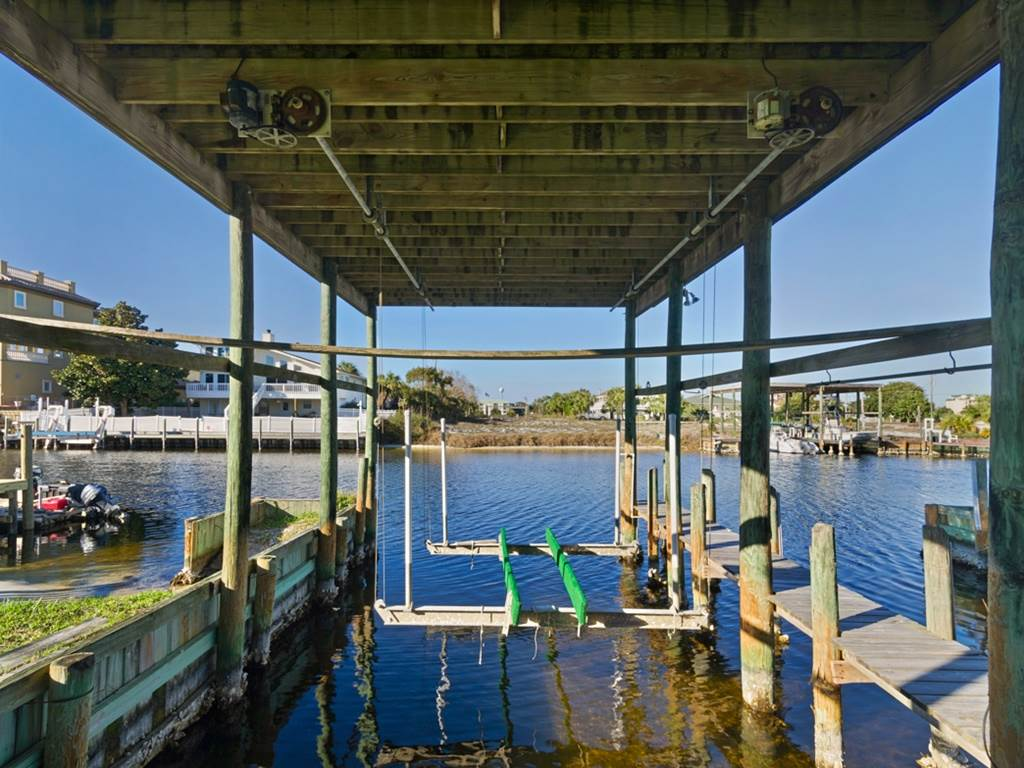 Holiday House House/Cottage rental in Destin Beach House Rentals in Destin Florida - #36