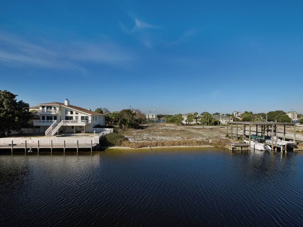 Holiday House House/Cottage rental in Destin Beach House Rentals in Destin Florida - #38