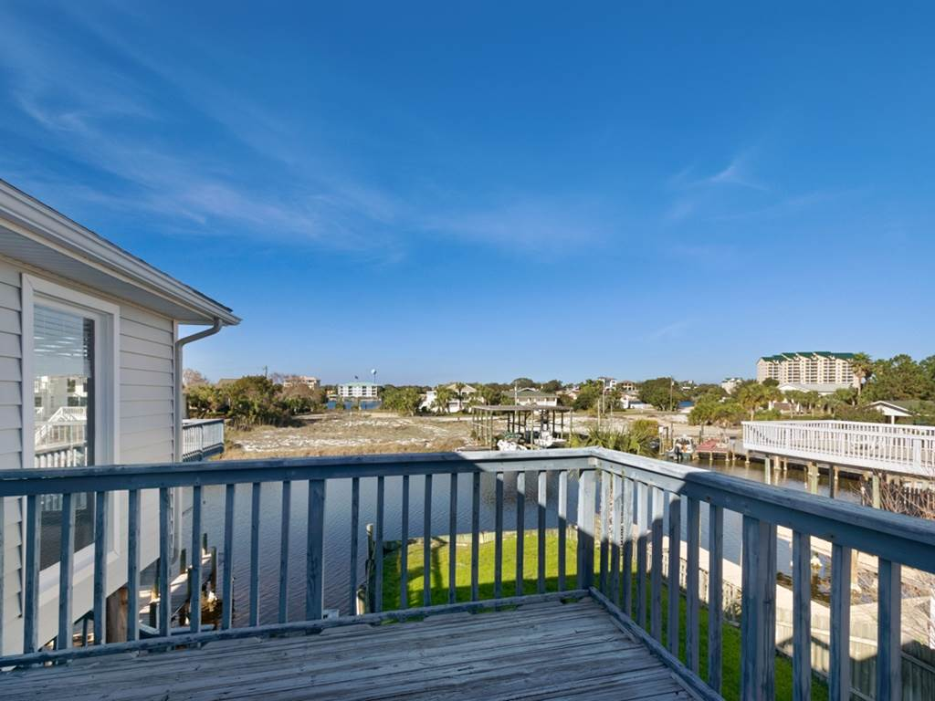 Holiday House House/Cottage rental in Destin Beach House Rentals in Destin Florida - #39