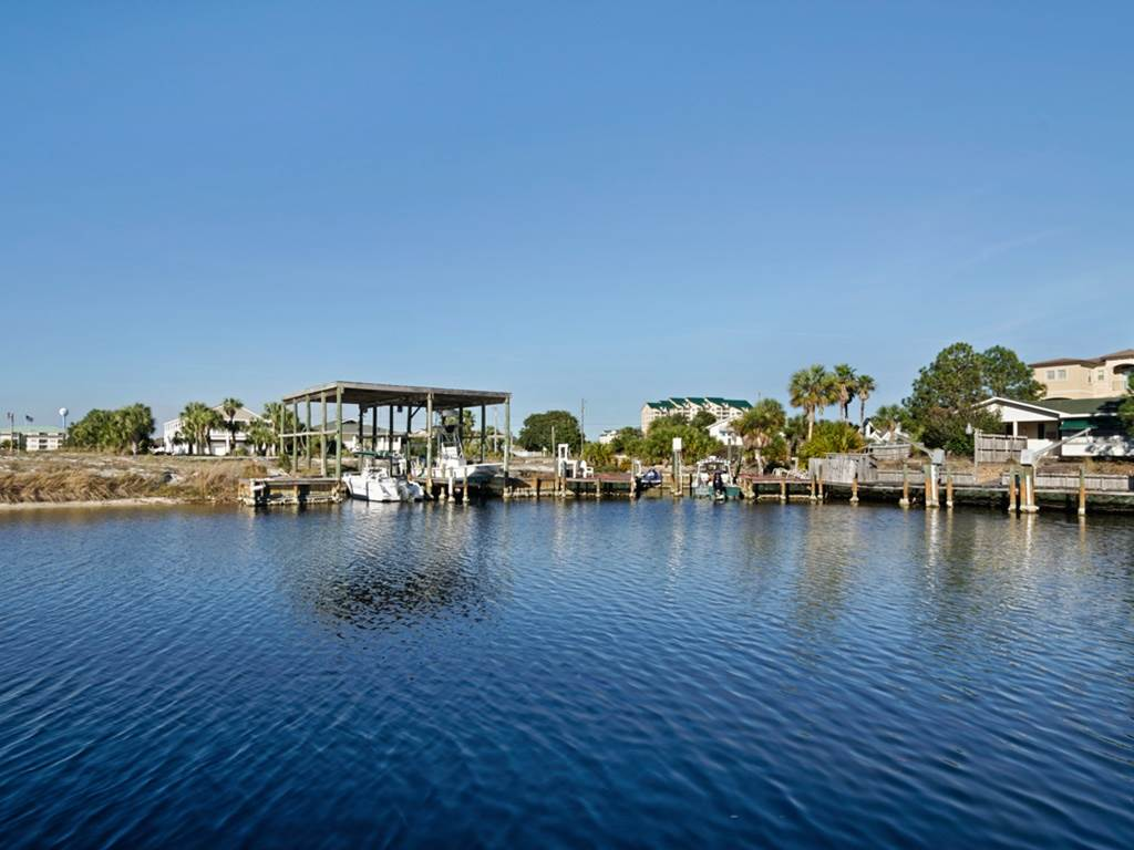 Holiday House House/Cottage rental in Destin Beach House Rentals in Destin Florida - #41