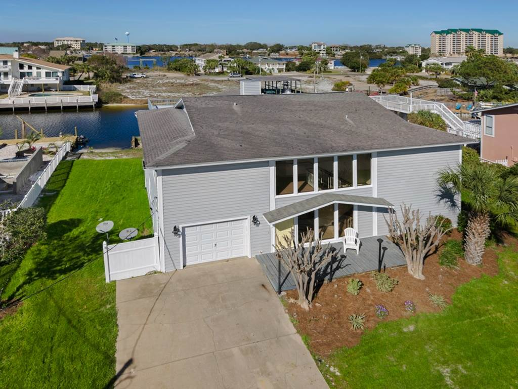 Holiday House House/Cottage rental in Destin Beach House Rentals in Destin Florida - #42