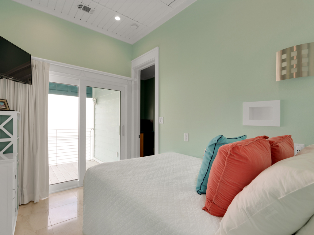 It Doesn't Get Any Better at Destin Pointe House / Cottage rental in Destin Beach House Rentals in Destin Florida - #17