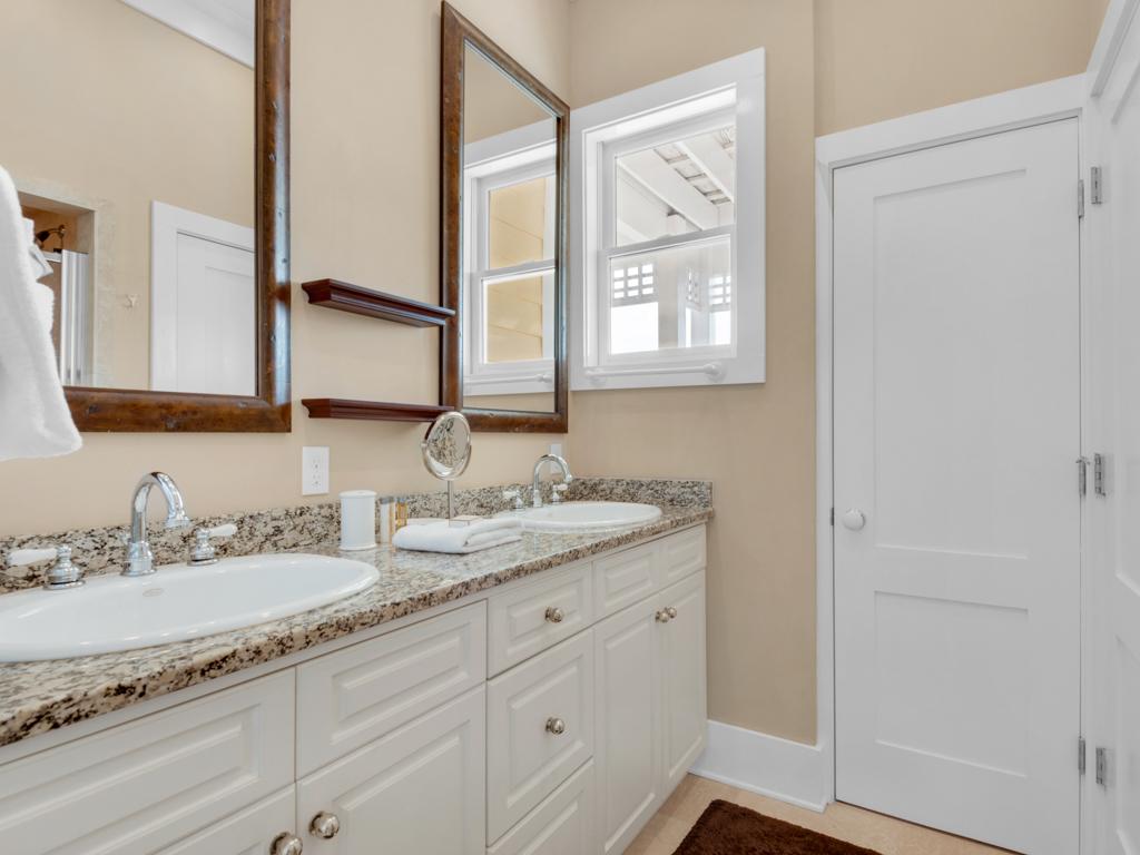 La Vida Loca at Destin Pointe House/Cottage rental in Destin Beach House Rentals in Destin Florida - #28