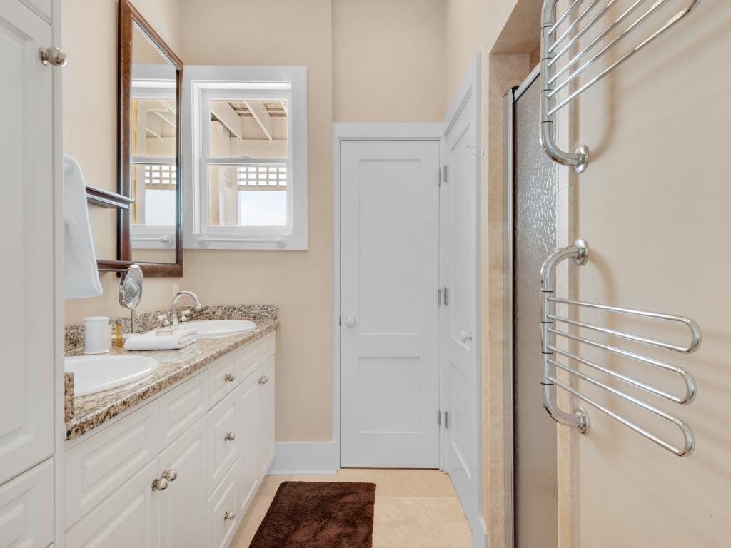 La Vida Loca at Destin Pointe House/Cottage rental in Destin Beach House Rentals in Destin Florida - #29
