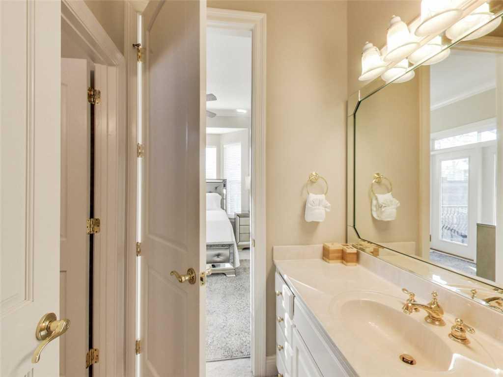 Laguna Vista House/Cottage rental in Destin Beach House Rentals in Destin Florida - #40