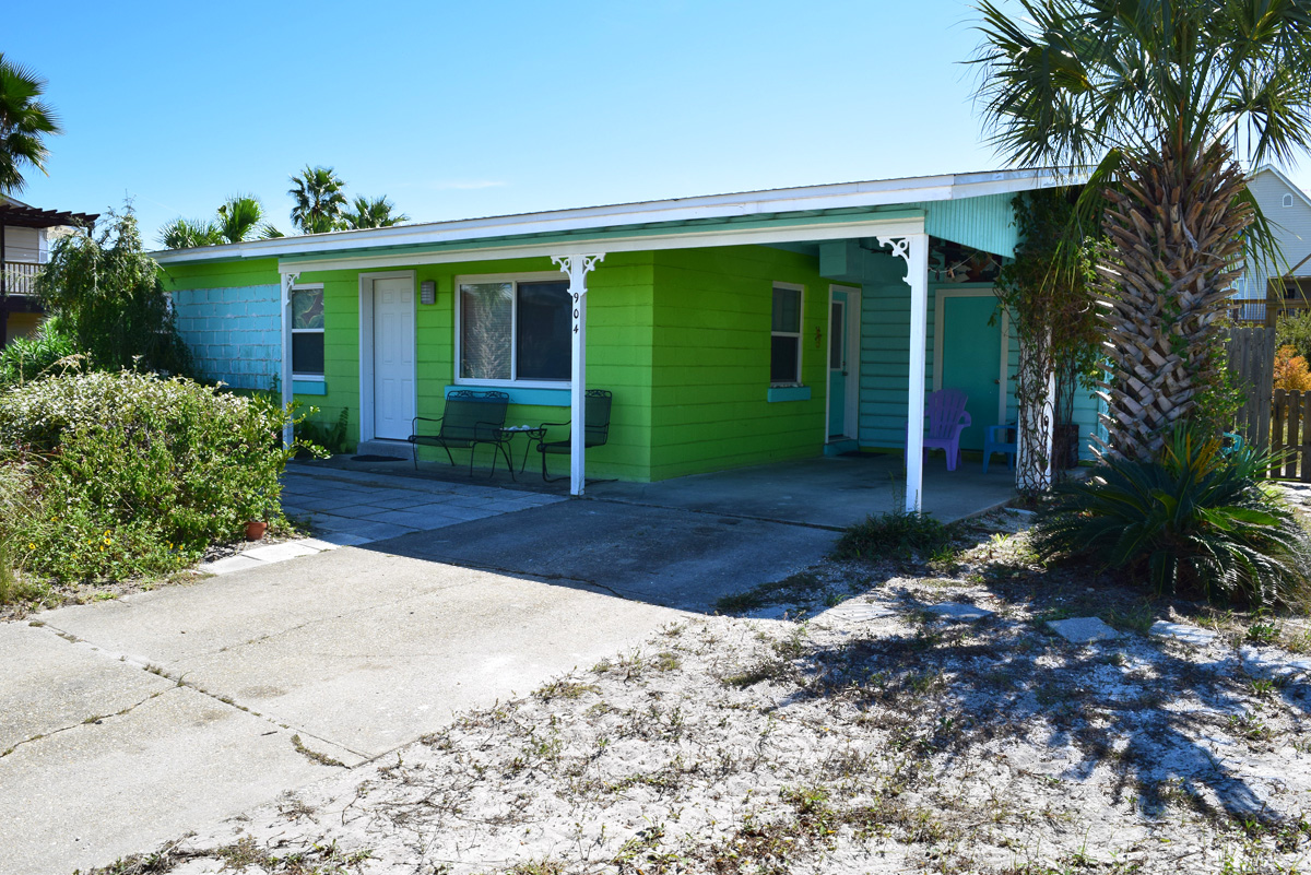 Largo 904 House / Cottage rental in Pensacola Beach House Rentals in Pensacola Beach Florida - #1