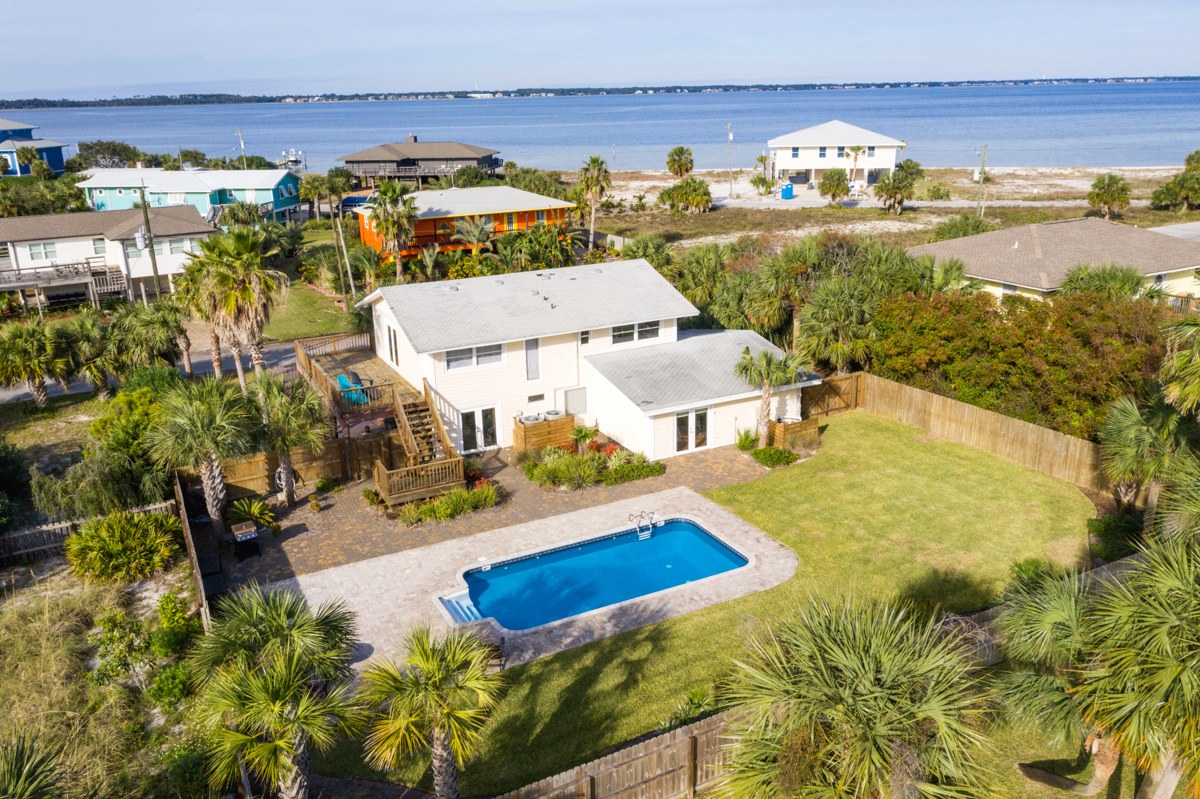 Largo 906 House/Cottage rental in Pensacola Beach House Rentals in Pensacola Beach Florida - #1
