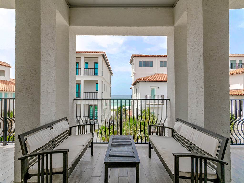 Lucy in Vizcaya House / Cottage rental in Dune Allen Beach House Rentals in Highway 30-A Florida - #2