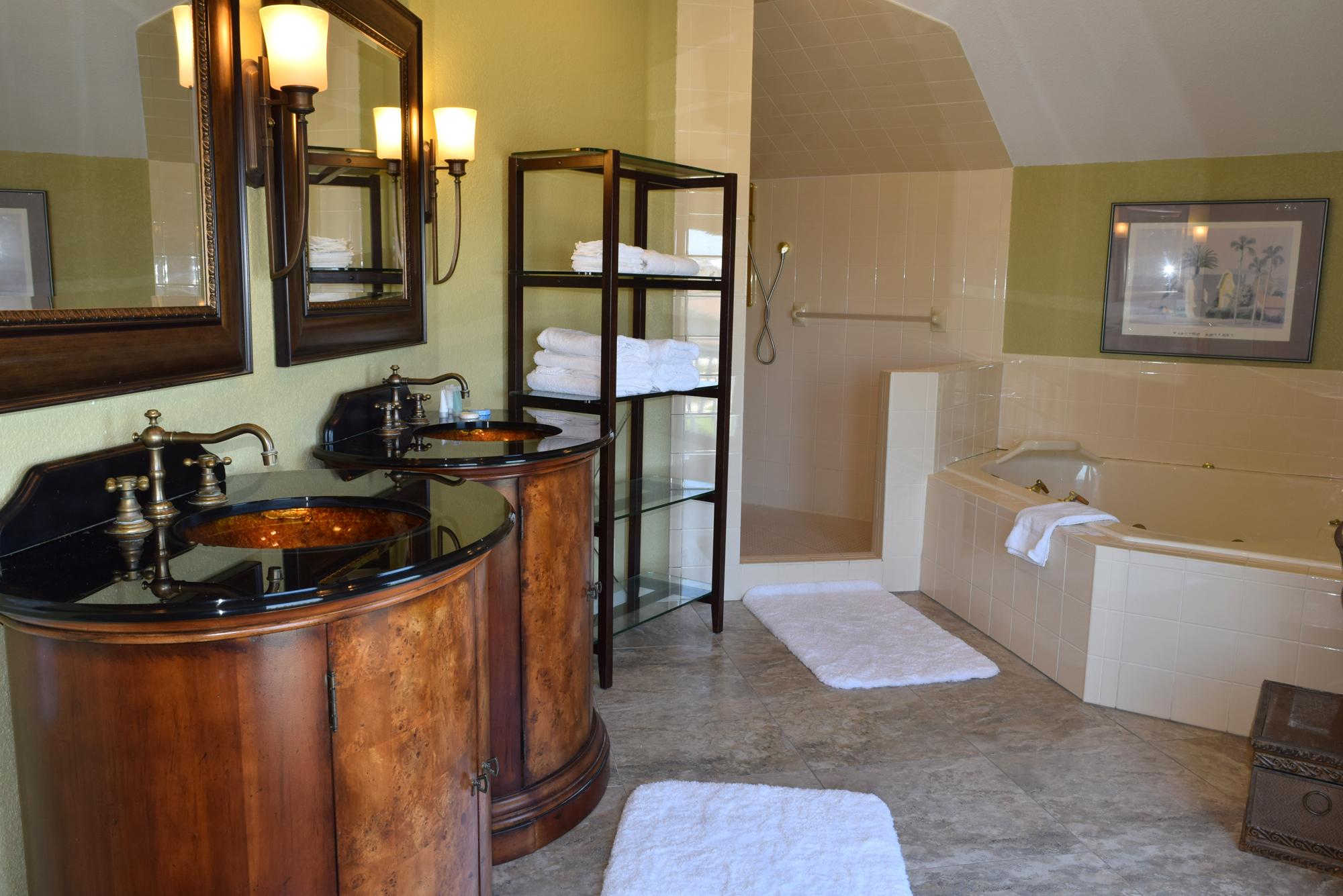 Maldonado 1010 House/Cottage rental in Pensacola Beach House Rentals in Pensacola Beach Florida - #18