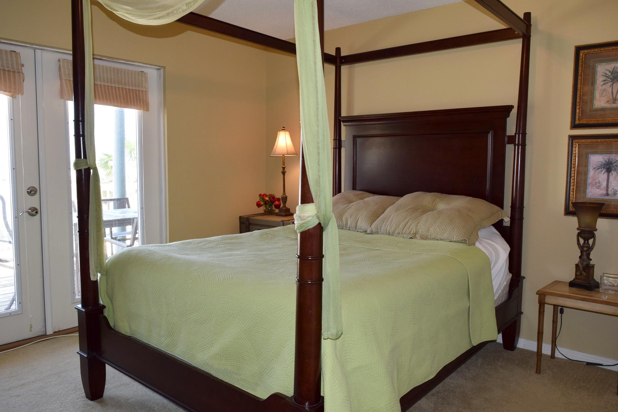 Maldonado 1010 House/Cottage rental in Pensacola Beach House Rentals in Pensacola Beach Florida - #19