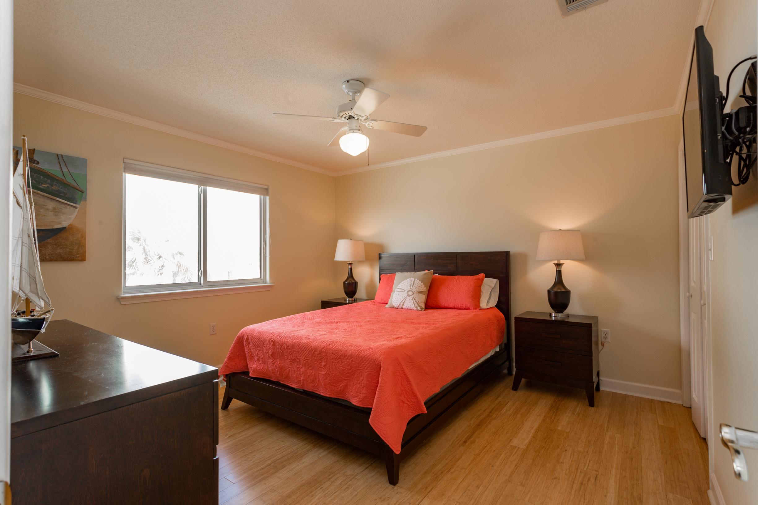 Maldonado 1409 - The Hip * Nautic House/Cottage rental in Pensacola Beach House Rentals in Pensacola Beach Florida - #25