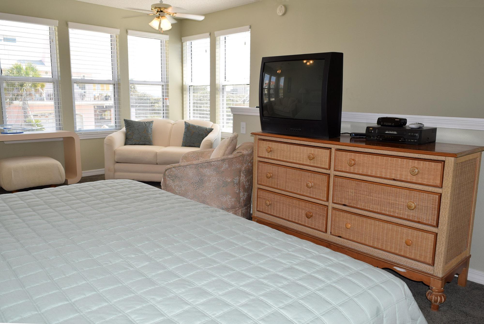 Maldonado 303 House/Cottage rental in Pensacola Beach House Rentals in Pensacola Beach Florida - #16