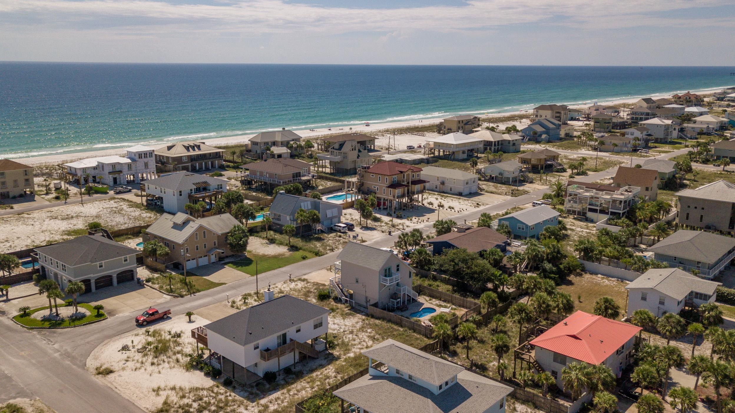 Maldonado 813 - The Coral Cottage House/Cottage rental in Pensacola Beach House Rentals in Pensacola Beach Florida - #6