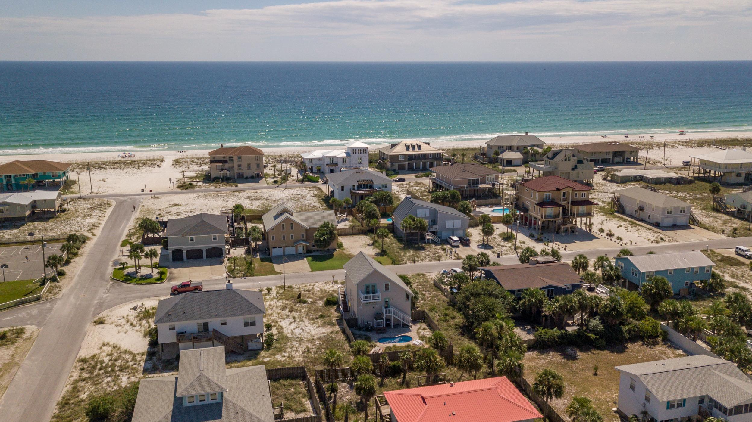 Maldonado 813 - The Coral Cottage House/Cottage rental in Pensacola Beach House Rentals in Pensacola Beach Florida - #7