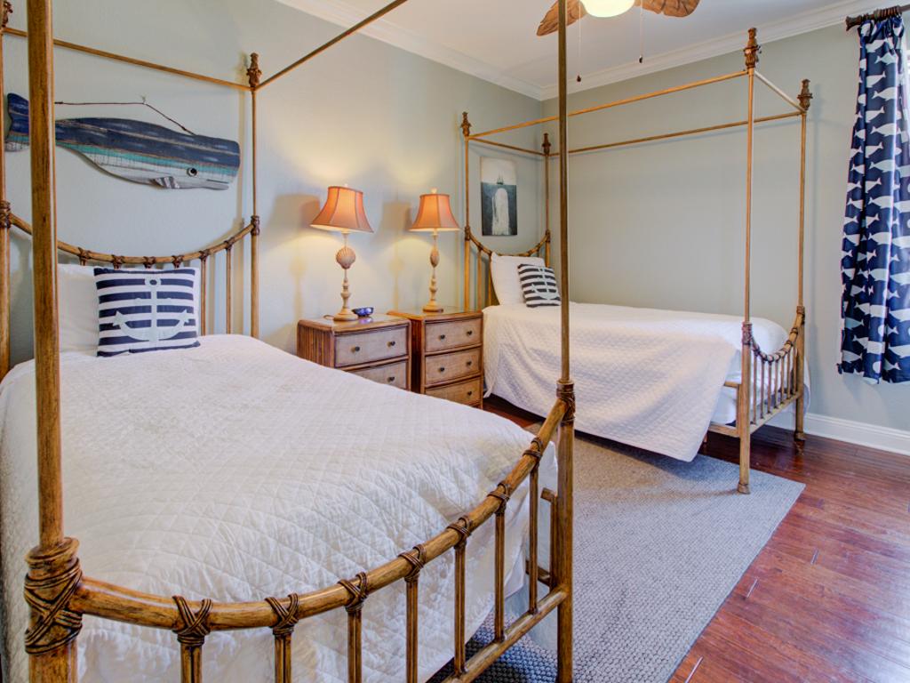 Oceans 15 House/Cottage rental in Destin Beach House Rentals in Destin Florida - #17