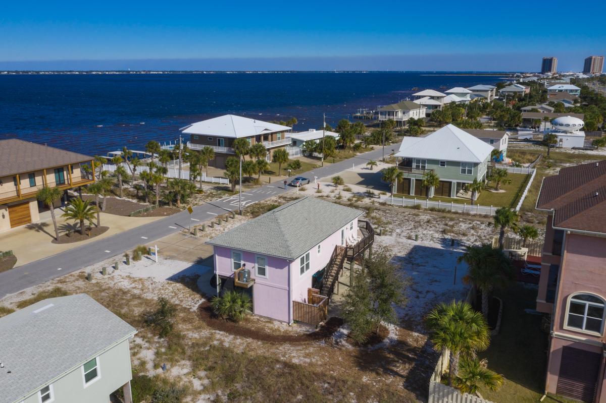 Panferio 1214 - Summer Salt House/Cottage rental in Pensacola Beach House Rentals in Pensacola Beach Florida - #42
