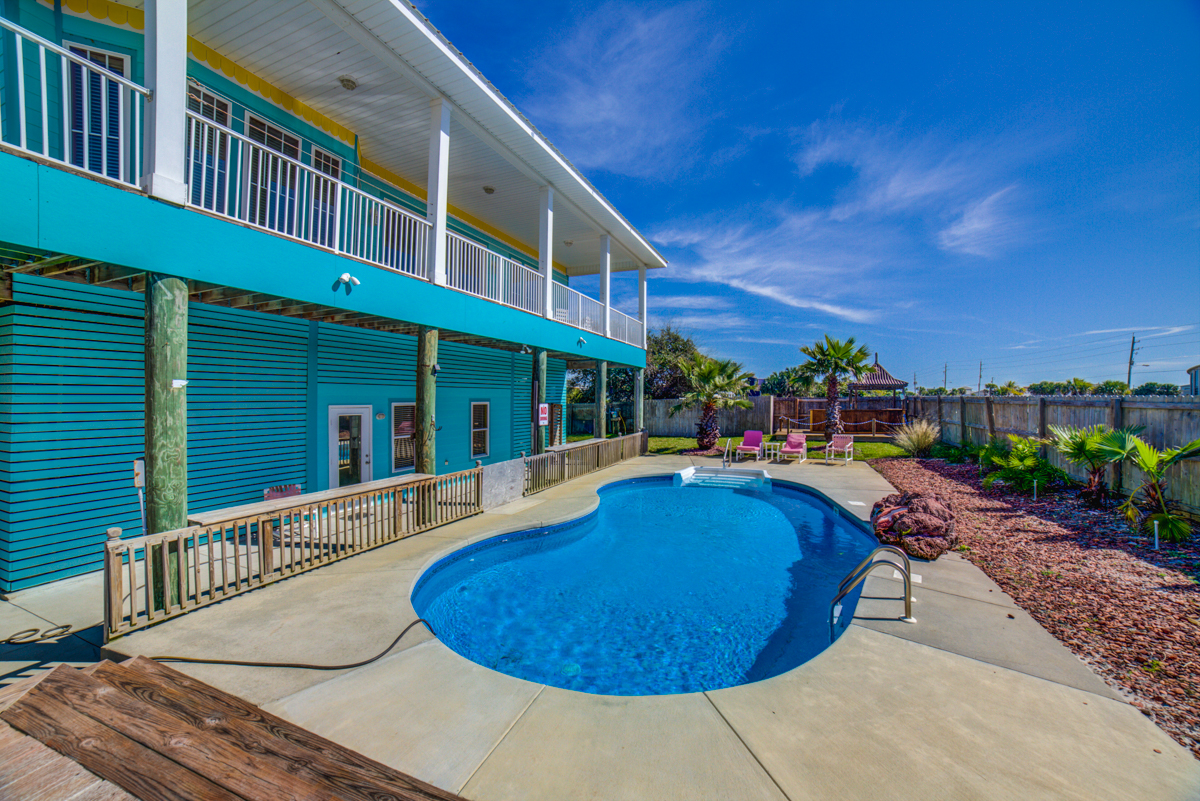 Panferio 906 - Blue Marlin House / Cottage rental in Pensacola Beach House Rentals in Pensacola Beach Florida - #2