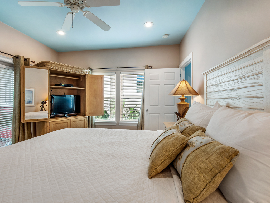 Paradise Found at Destin Pointe House/Cottage rental in Destin Beach House Rentals in Destin Florida - #16