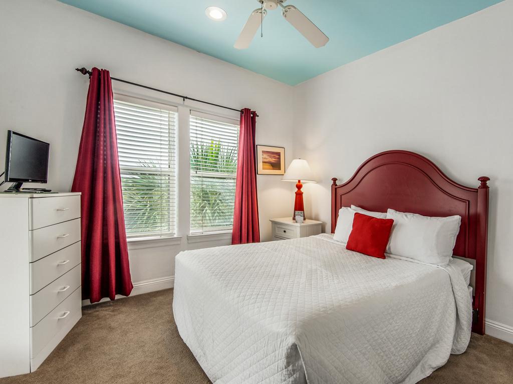 Paradise Found at Destin Pointe House/Cottage rental in Destin Beach House Rentals in Destin Florida - #20