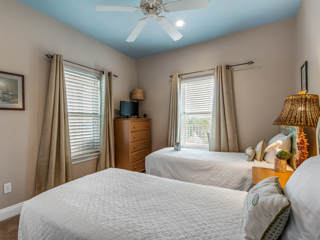 Paradise Found at Destin Pointe House/Cottage rental in Destin Beach House Rentals in Destin Florida - #25