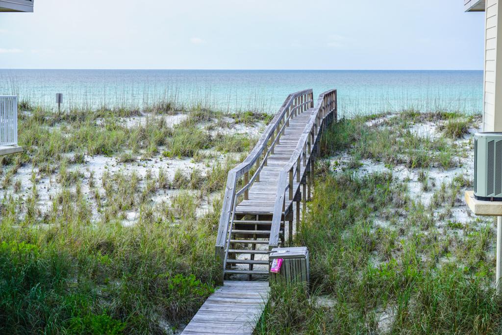Portside Villas #14 House/Cottage rental in Pensacola Beach House Rentals in Pensacola Beach Florida - #2