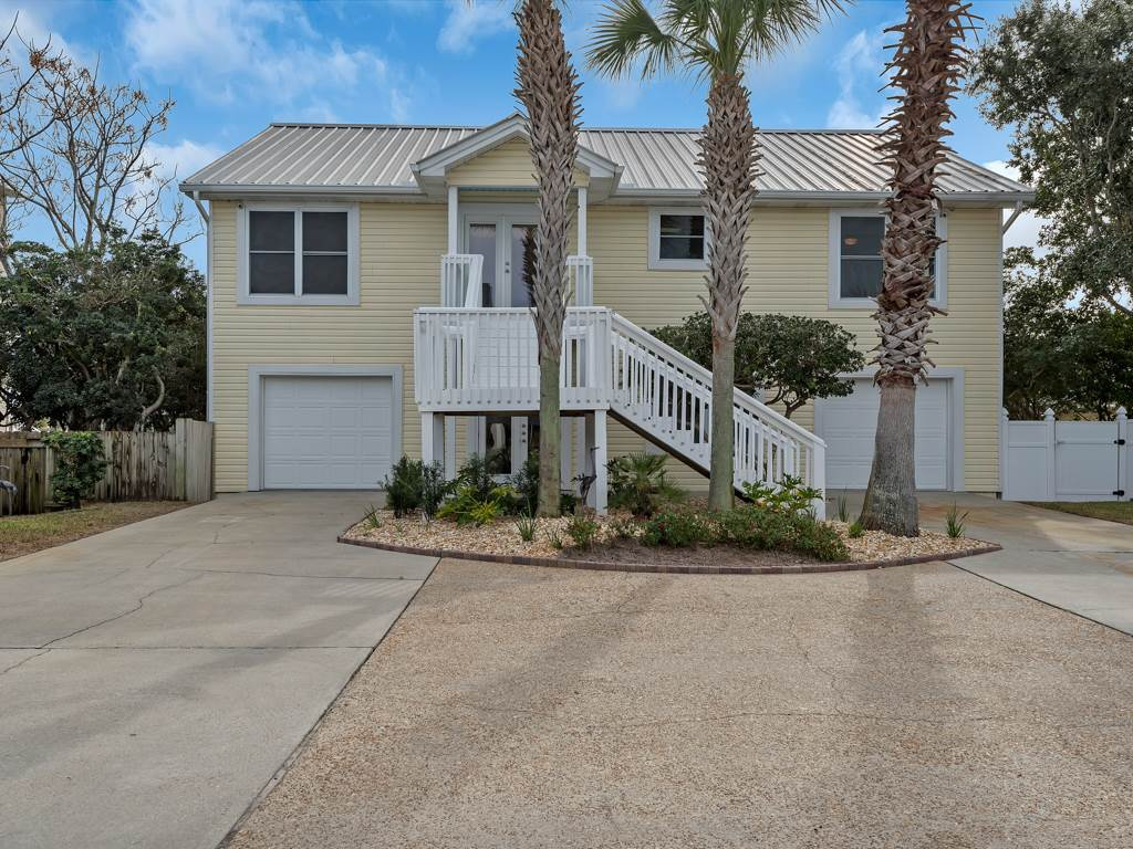 Safe Harbor House / Cottage rental in Destin Beach House Rentals in Destin Florida - #2