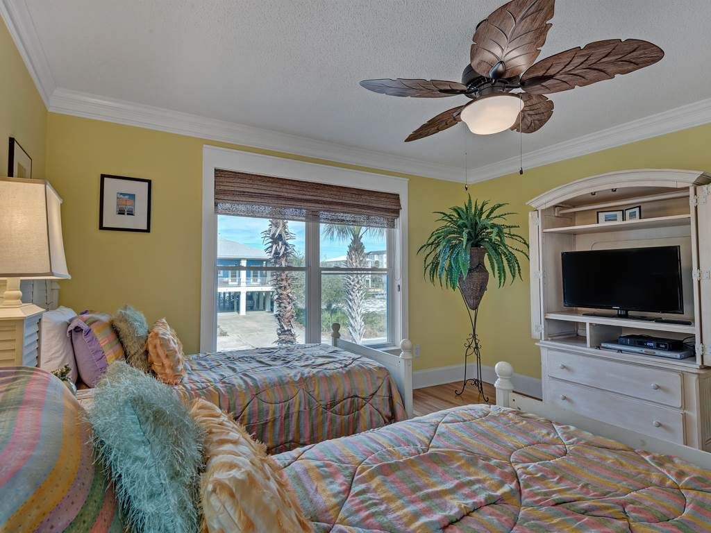 Safe Harbor House / Cottage rental in Destin Beach House Rentals in Destin Florida - #19