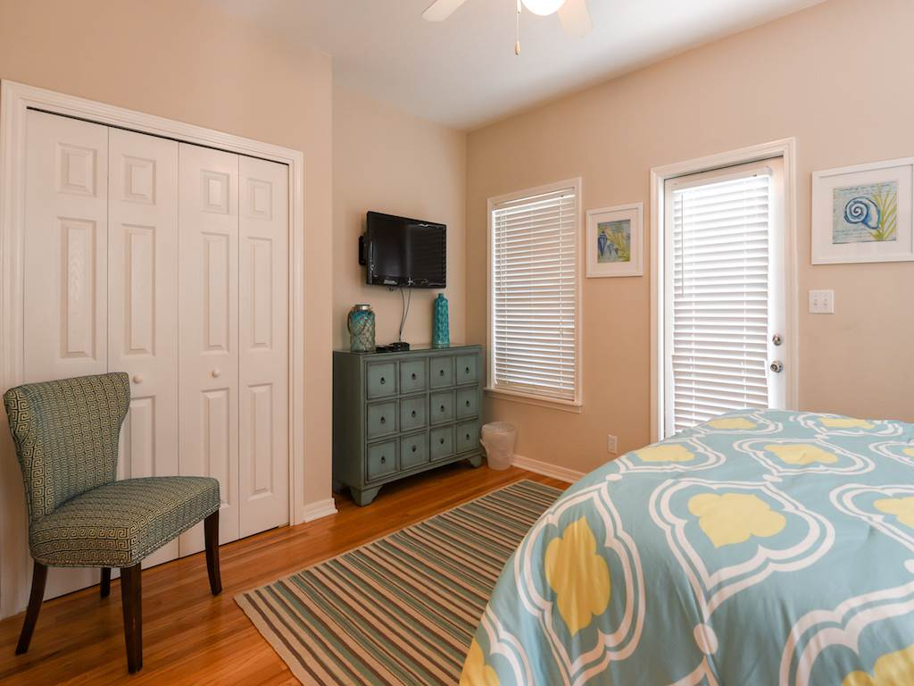 Sandy Bottoms House / Cottage rental in Destin Beach House Rentals in Destin Florida - #14
