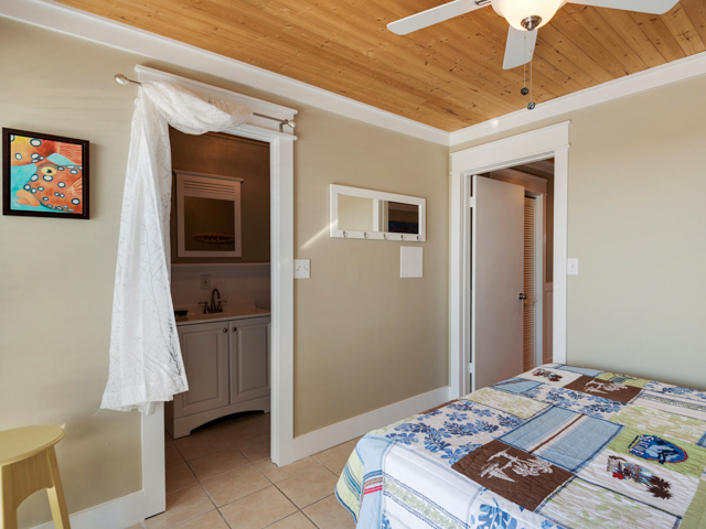 Sea Turtle's Dream (Sea Haunts 2D) House / Cottage rental in Blue Mountain Beach House Rentals in Highway 30-A Florida - #8