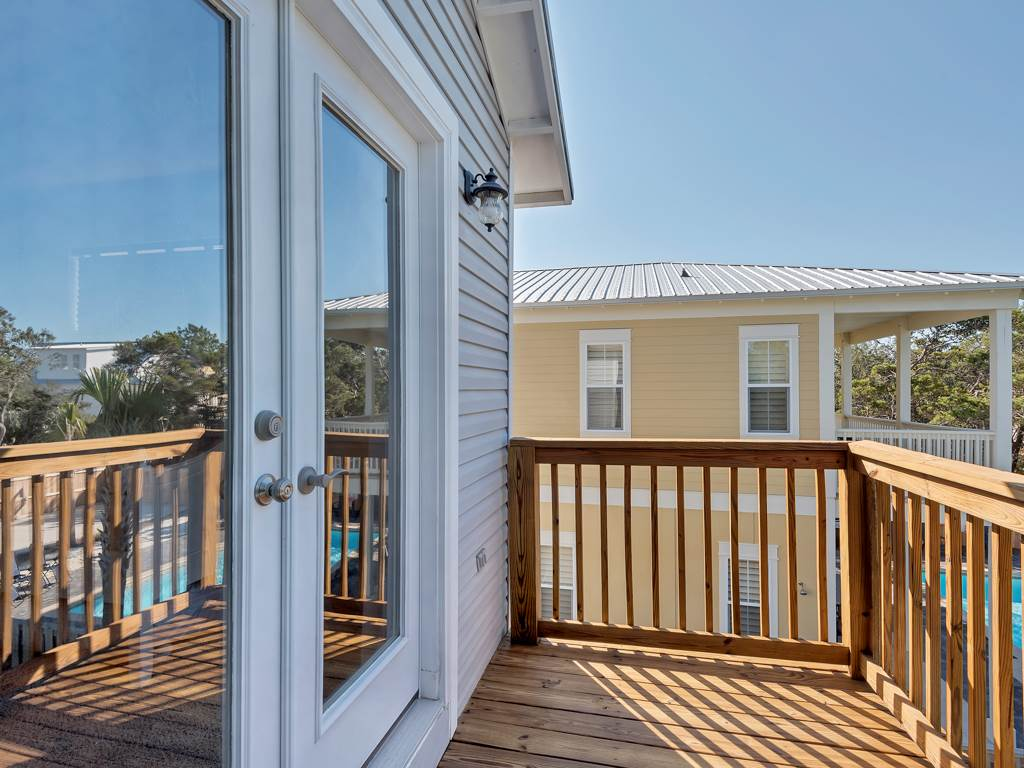 Seas the Day - Crystal Beach Subdivision House / Cottage rental in Destin Beach House Rentals in Destin Florida - #21