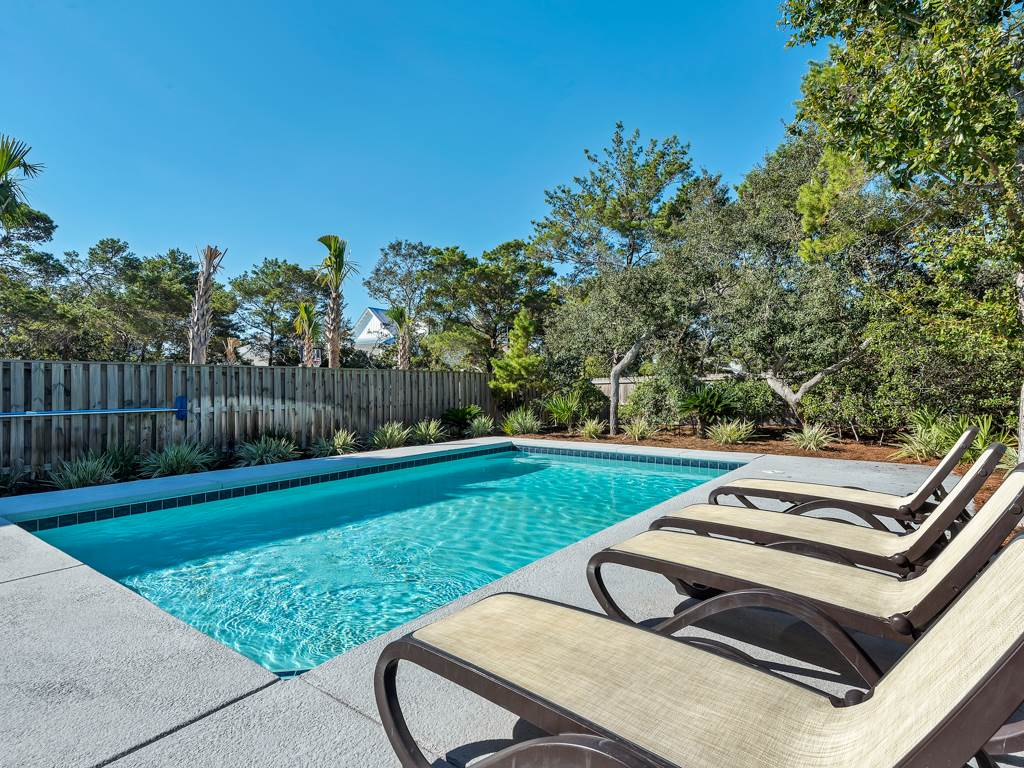 Seas the Day - Crystal Beach Subdivision House / Cottage rental in Destin Beach House Rentals in Destin Florida - #25