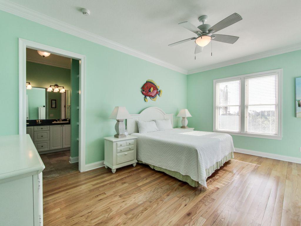 Surfer Dog House/Cottage rental in Panama City Beach House Rentals in Panama City Beach Florida - #15