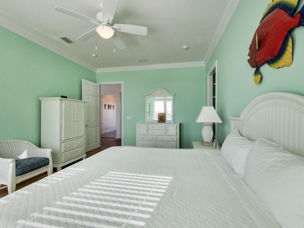 Surfer Dog House/Cottage rental in Panama City Beach House Rentals in Panama City Beach Florida - #18