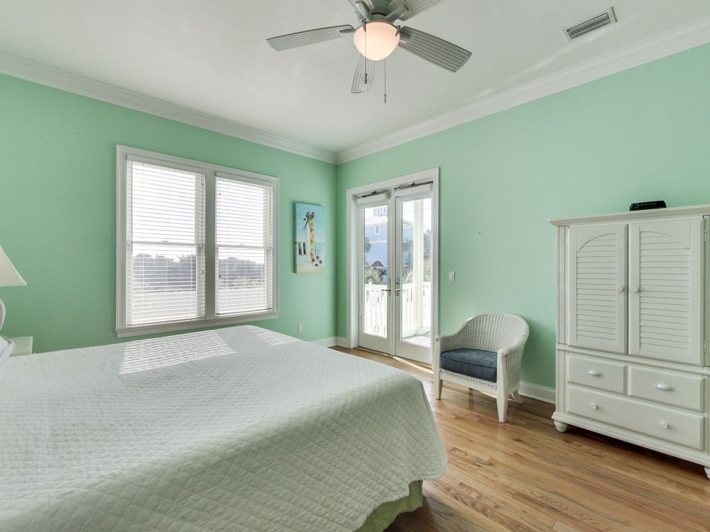 Surfer Dog House/Cottage rental in Panama City Beach House Rentals in Panama City Beach Florida - #19