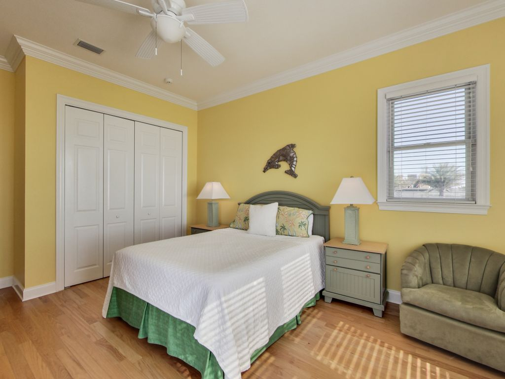 Surfer Dog House/Cottage rental in Panama City Beach House Rentals in Panama City Beach Florida - #30