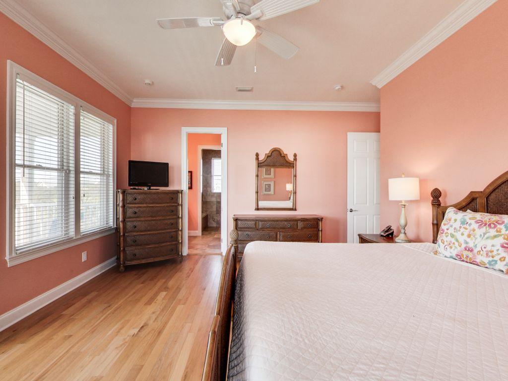 Surfer Dog House/Cottage rental in Panama City Beach House Rentals in Panama City Beach Florida - #35