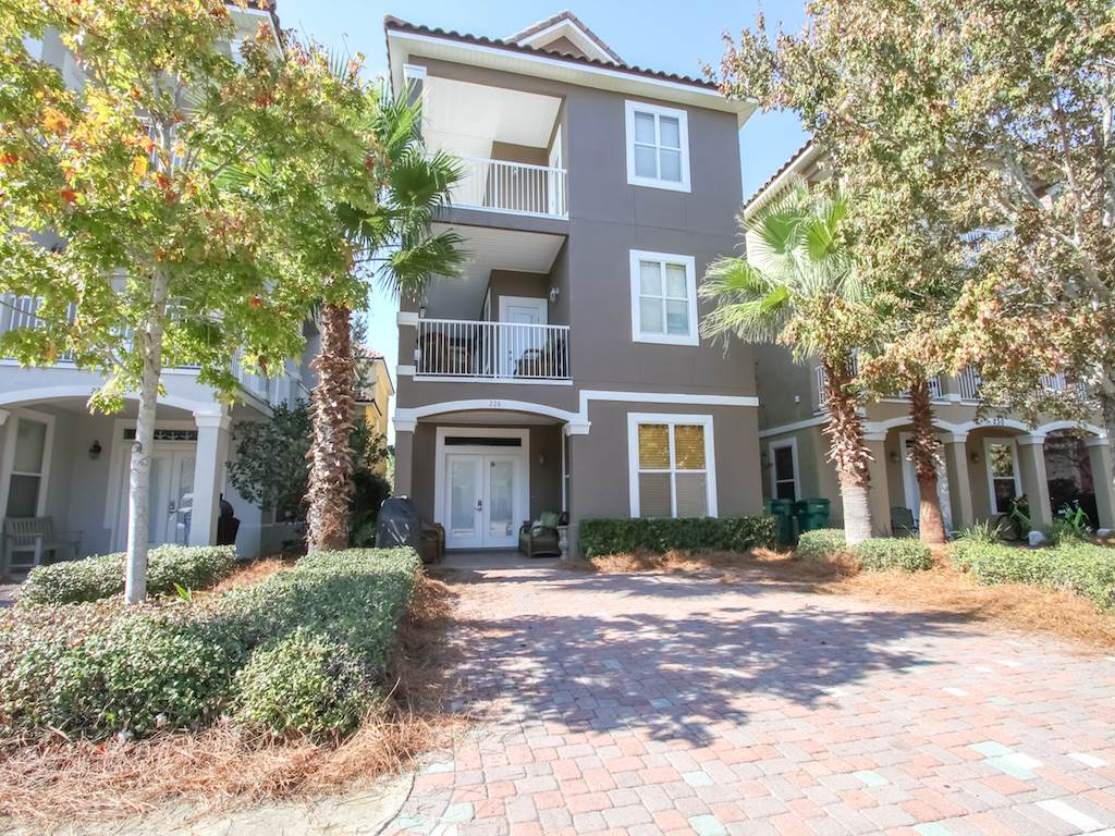 Sweet Life House/Cottage rental in Destin Beach House Rentals in Destin Florida - #1