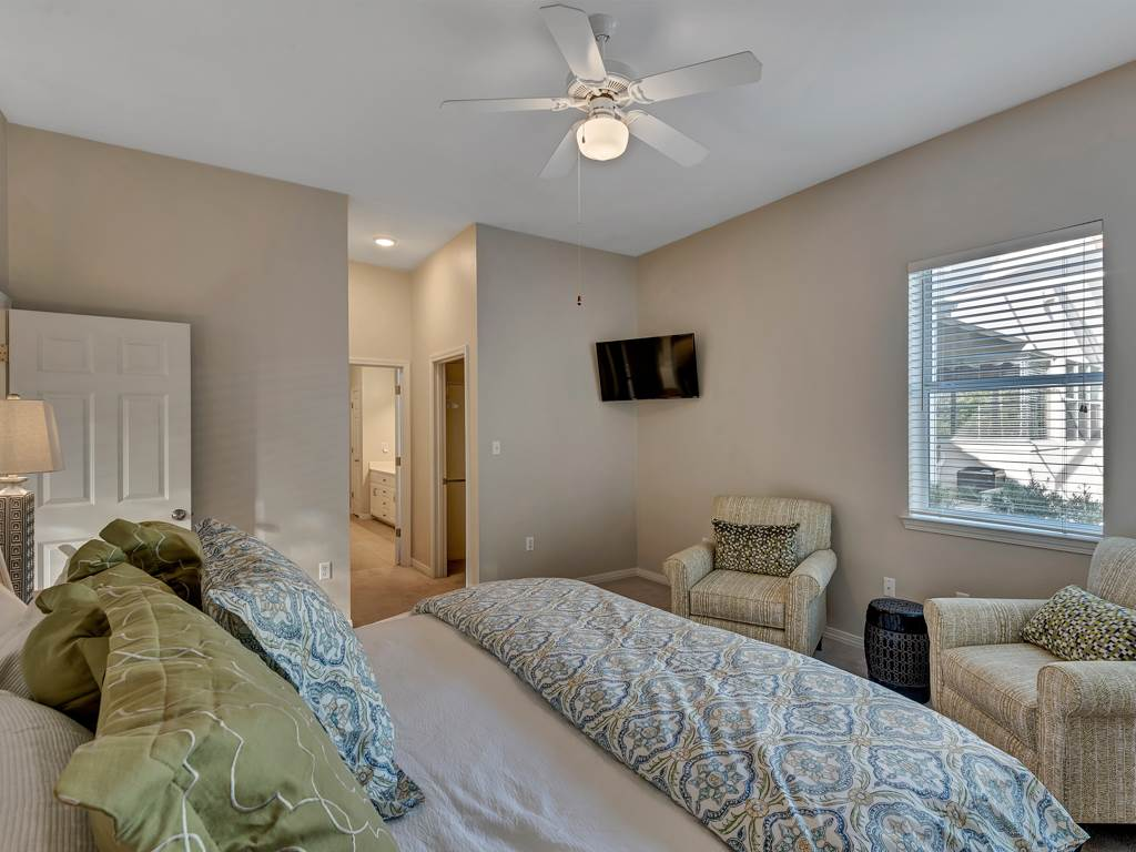 TOPS'L Summer Getaway House / Cottage rental in Destin Beach House Rentals in Destin Florida - #12