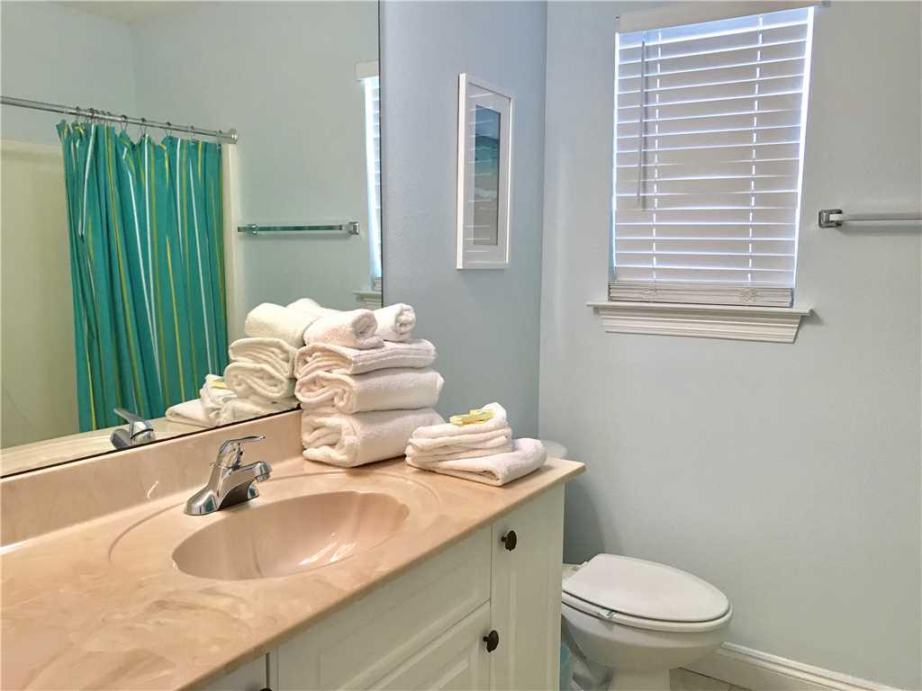 Turtle Nest East | Pet Friendly House/Cottage rental in Gulf Shores House Rentals in Gulf Shores Alabama - #10