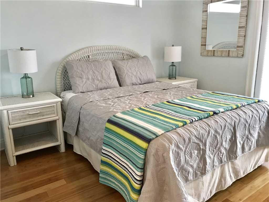 Turtle Nest East | Pet Friendly House/Cottage rental in Gulf Shores House Rentals in Gulf Shores Alabama - #11