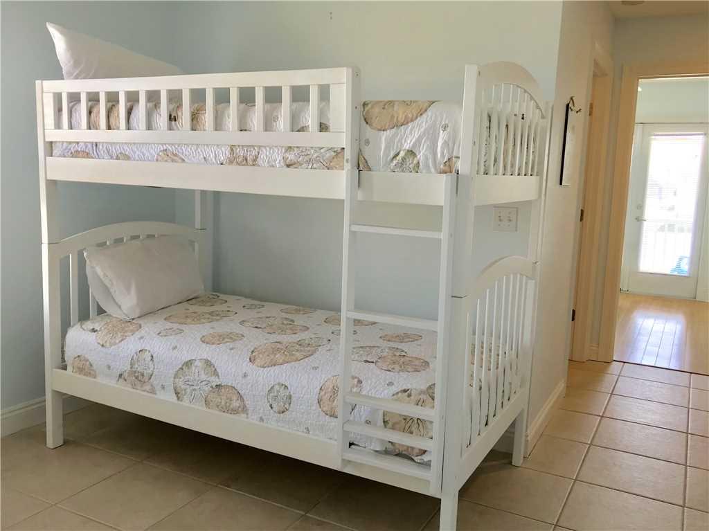 Turtle Nest East | Pet Friendly House/Cottage rental in Gulf Shores House Rentals in Gulf Shores Alabama - #18
