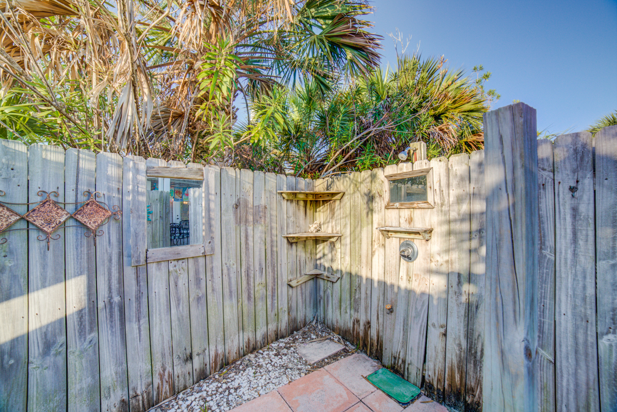 Via De Luna 301 House / Cottage rental in Pensacola Beach House Rentals in Pensacola Beach Florida - #19