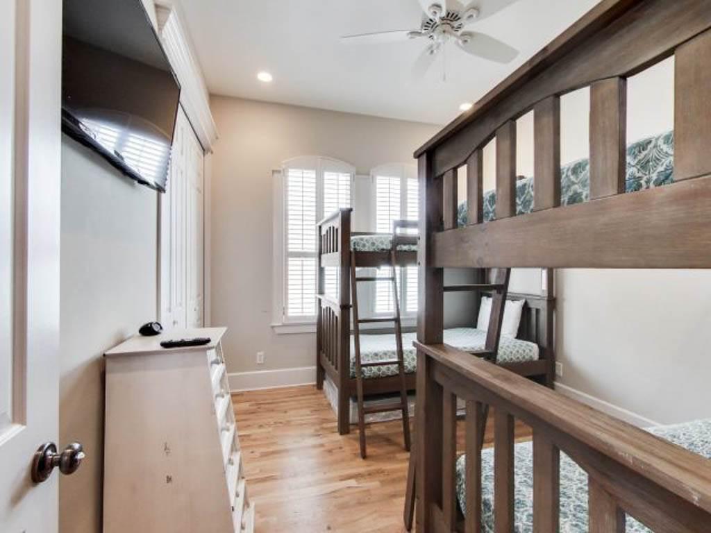 Wave House House/Cottage rental in Destin Beach House Rentals in Destin Florida - #34