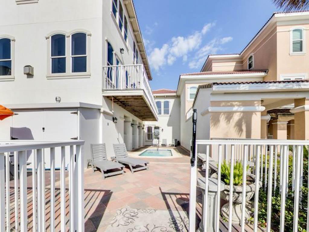 Wave House House/Cottage rental in Destin Beach House Rentals in Destin Florida - #39