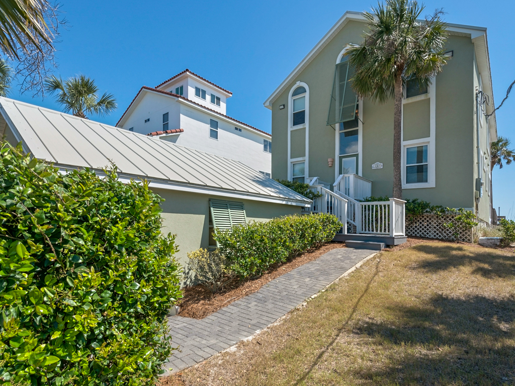 White Caps House / Cottage rental in Seacrest Beach House Rentals in Highway 30-A Florida - #2