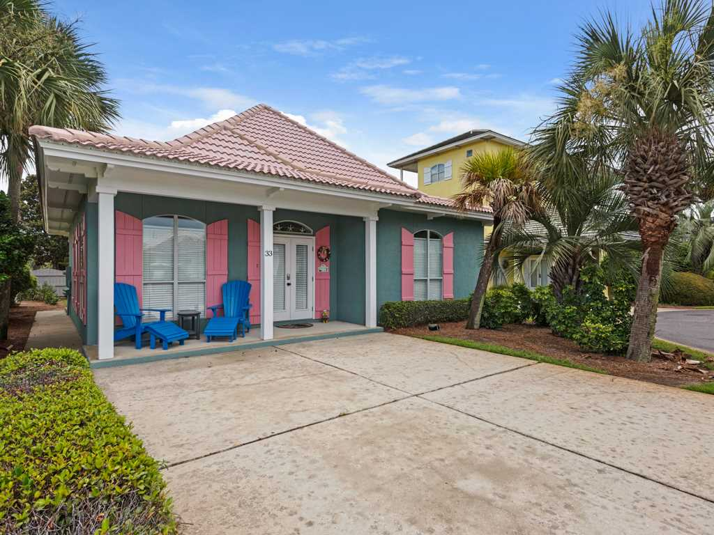 Young Cottage House/Cottage rental in Destin Beach House Rentals in Destin Florida - #1