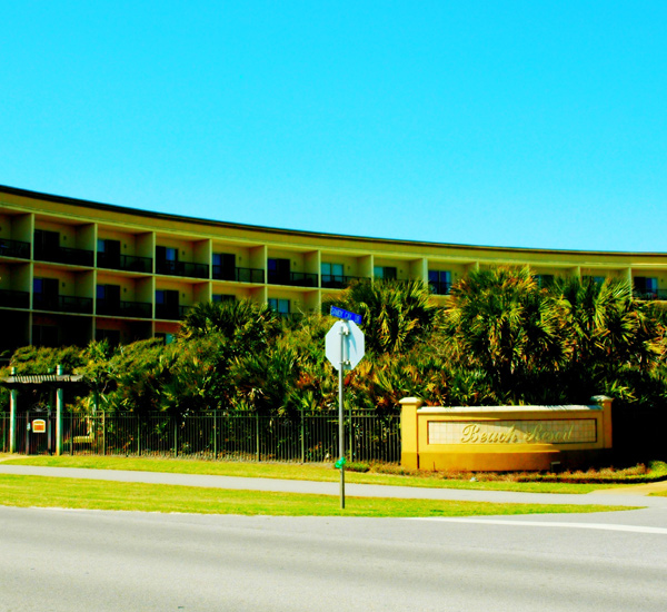 The street view of the Beach Resort in Destin Florida