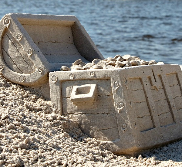 Beach Sandsculptures in Destin Florida
