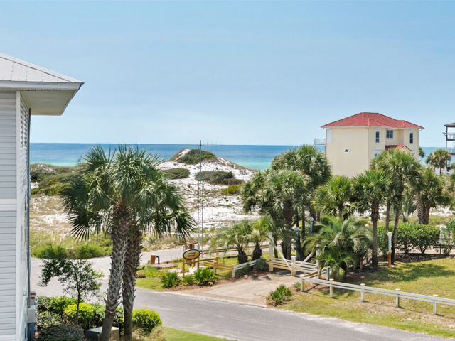 Beachside Villas 132